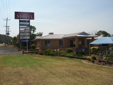 Almond Inn Motel - Southport Accommodation