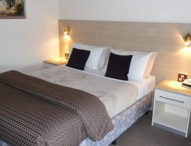 Hamiltons Townhouse Motel - Southport Accommodation