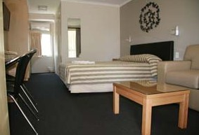 Queensgate Motel - Southport Accommodation