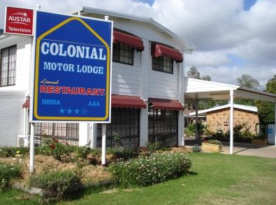 Colonial Motor Lodge - Southport Accommodation