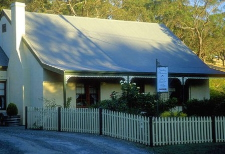 Country Pleasures Bed and Breakfast - Southport Accommodation