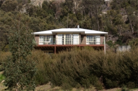 Killiecrankie Bay Holiday House - Southport Accommodation