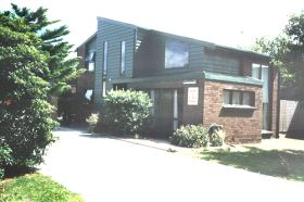 St Helens Backpackers - Southport Accommodation