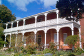 Glen Osborne House - Southport Accommodation