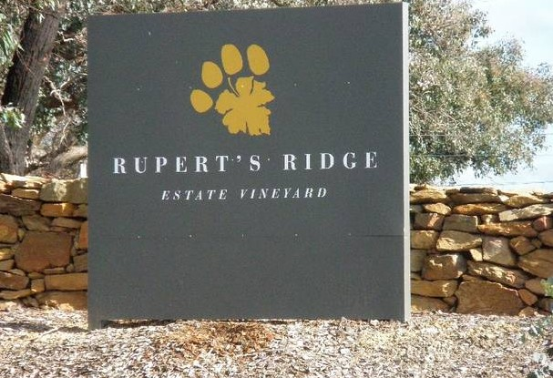 Rupert's Ridge Retreat - Southport Accommodation