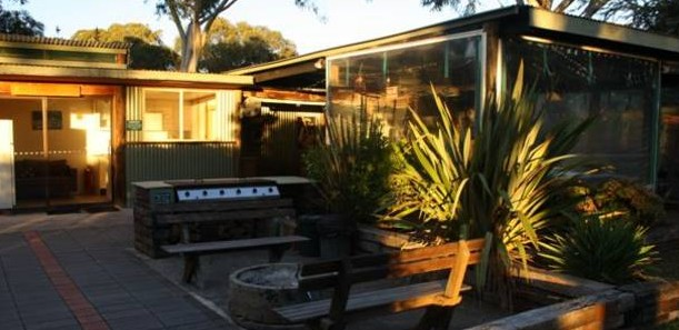 Banksia Park Cottages - Southport Accommodation
