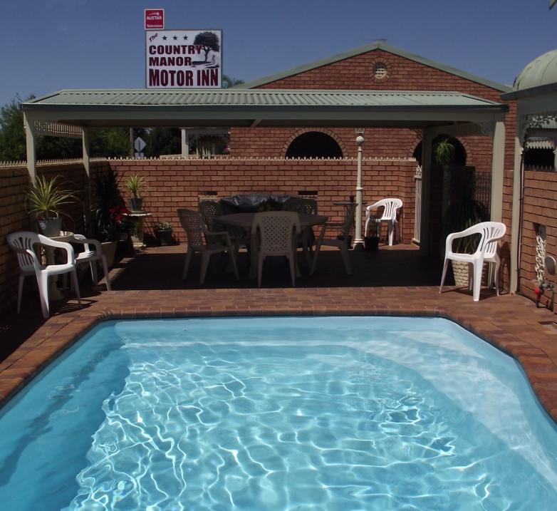 Country Manor Motor Inn - Southport Accommodation