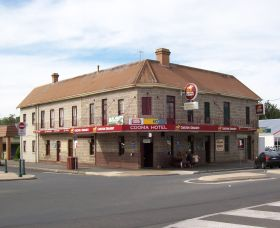 Cooma Hotel - Southport Accommodation