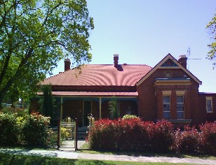 Tumut Accommodation Sefton House