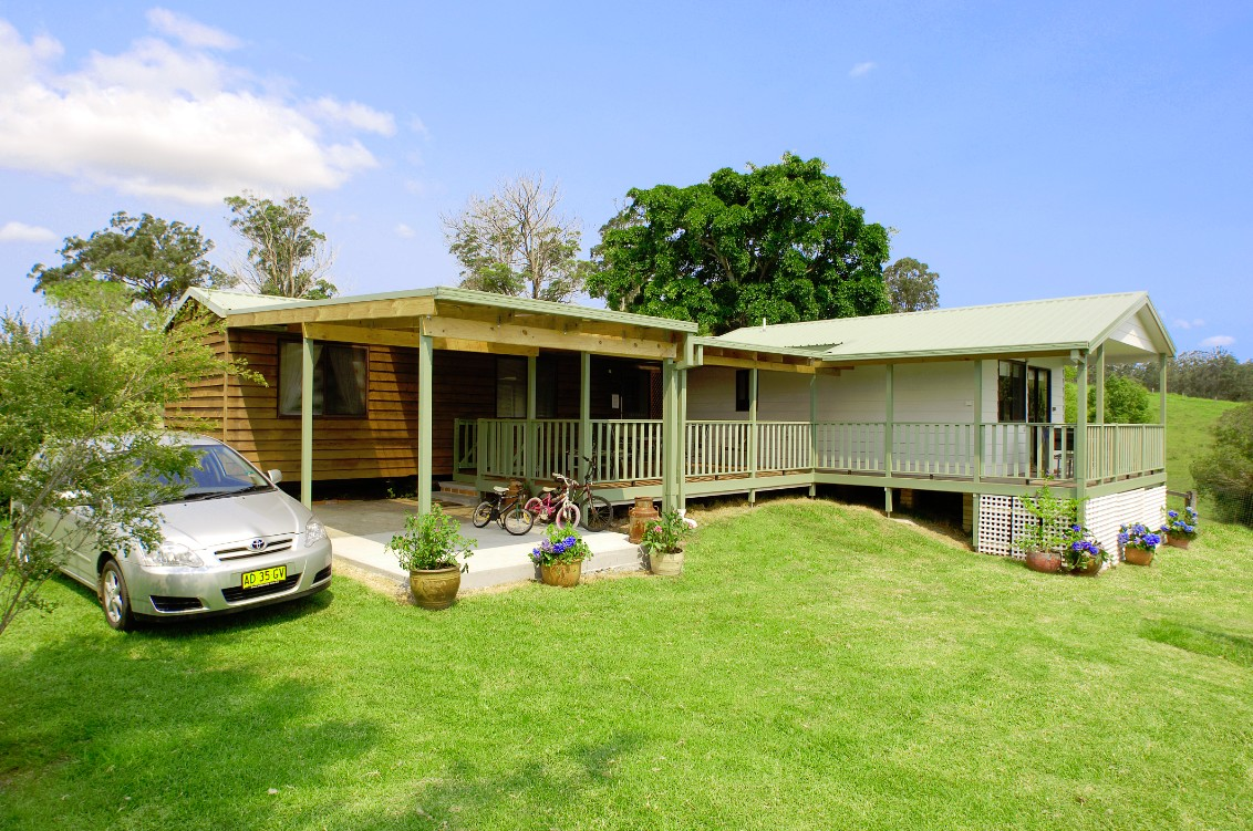 Cedar Grove Farmstay - Southport Accommodation