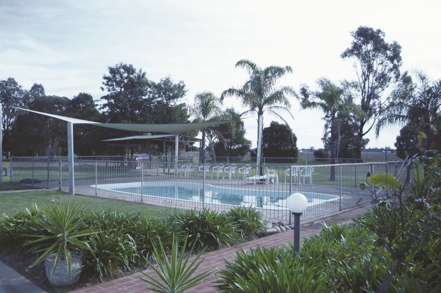 Aaroona Holiday Resort - Southport Accommodation