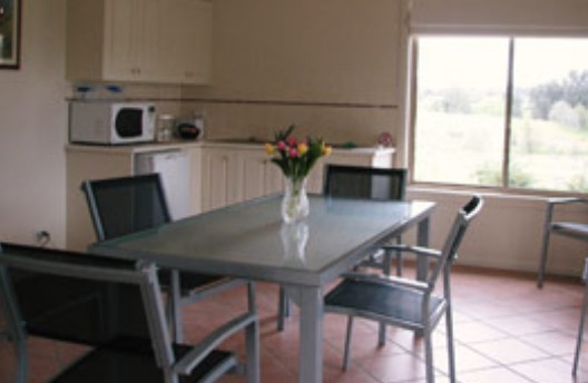 Burns B and B and Yabby Farm - Southport Accommodation