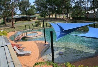 Valley Vineyard Tourist Park - Southport Accommodation