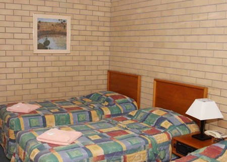 Gunsynd Motor Inn - Southport Accommodation