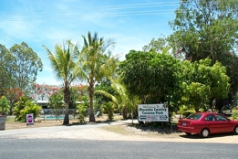 Mareeba Country Caravan Park - Southport Accommodation