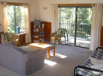 Toms Creek Retreat - Southport Accommodation