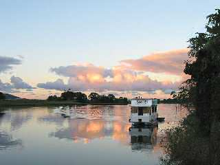Tweed River Houseboats - Southport Accommodation