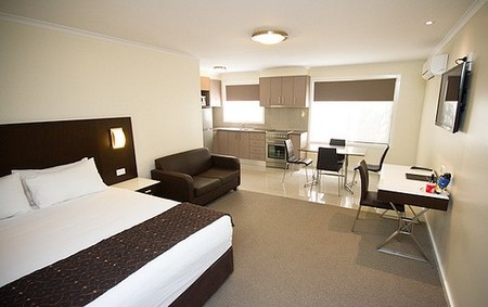 Country Comfort Premier Motel - Southport Accommodation