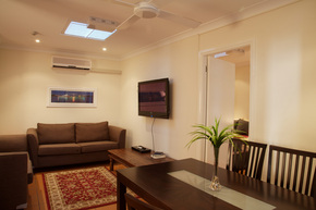 Manly Lodge Boutique Hotel - Southport Accommodation