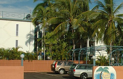 Coconut Grove Holiday Apartments - Southport Accommodation