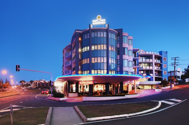Grand Palais Beachside Resort - Southport Accommodation