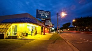 Sarina Motor Inn - Southport Accommodation