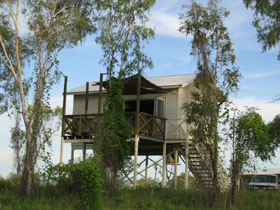 Fitzroy River Lodge - Southport Accommodation