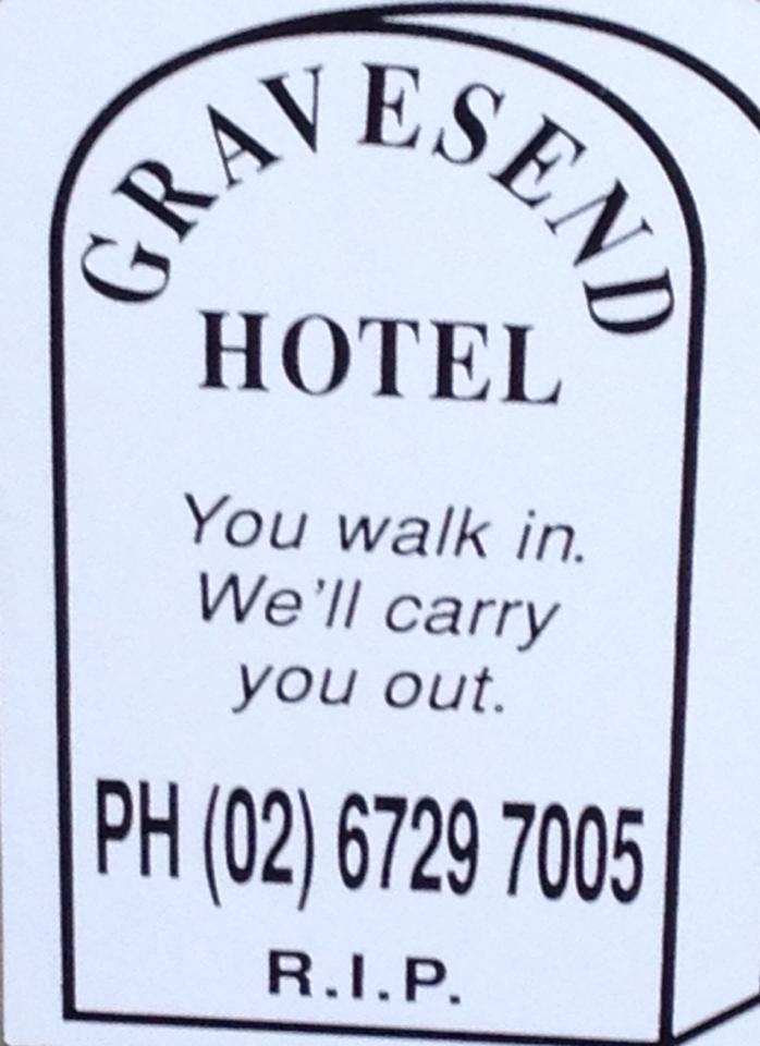 Gravesend Hotel - Southport Accommodation