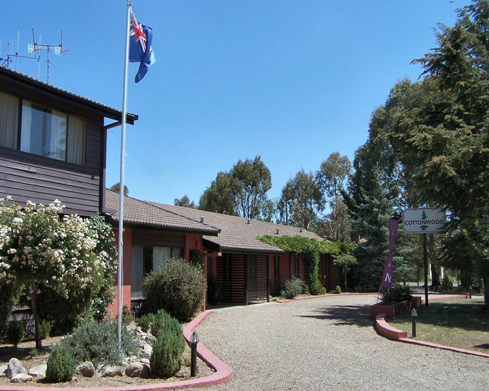 Cottonwood Lodge Motel - Southport Accommodation