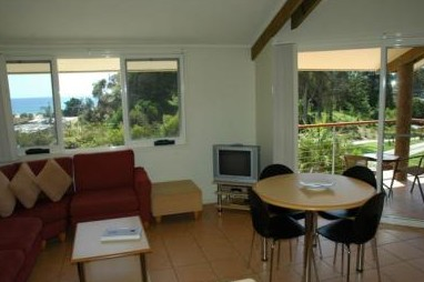 Tathra Beach House Apartments - Southport Accommodation