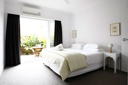 Atlantic Guesthouses - Southport Accommodation