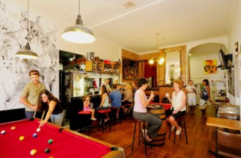 Cambrai Backpackers - Southport Accommodation