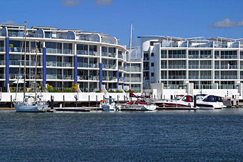 Bluewater Point Resort - Southport Accommodation