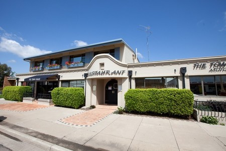 The Town House Motor Inn - Sundowner Goondiwindi - Southport Accommodation