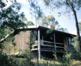 High Ridge Cabins - Southport Accommodation