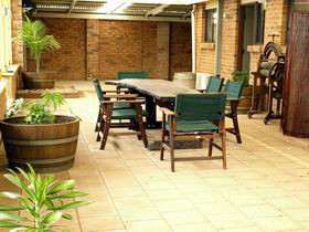 Escape To Willunga - Southport Accommodation