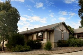 CLV Smart Stays Canberra - Southport Accommodation