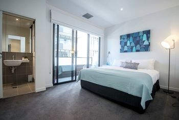 Apartment2c - Highline - Southport Accommodation