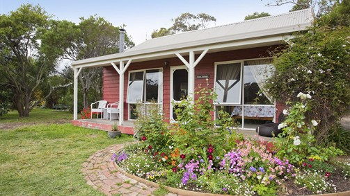 Freshwater Creek Cottages - Southport Accommodation