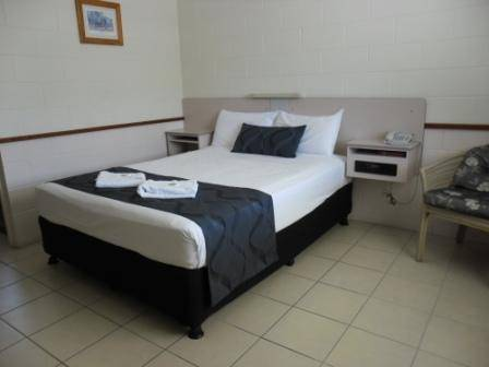 Banjo Paterson Motor Inn  Restaurant - Southport Accommodation