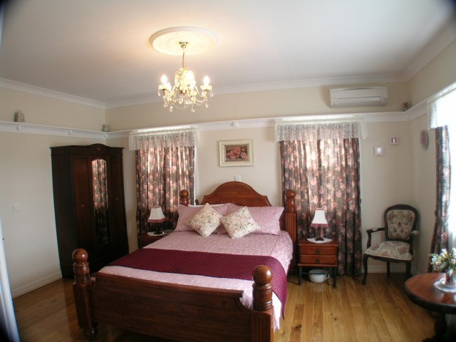 Johnstone's on Oxley Bed  Breakfast
