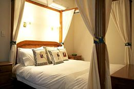 Lazy River Boutique Bed and Breakfast - Southport Accommodation