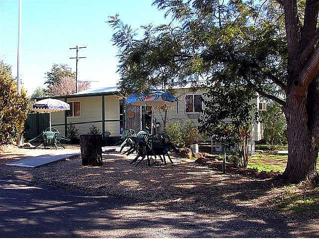Manilla River Gums Caravan Park - Southport Accommodation