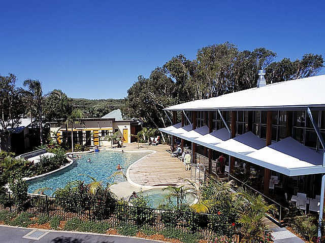 Mobys Beachside Retreat - Southport Accommodation