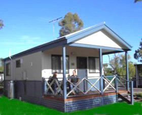 Pinjarra Cabins and Caravan Park - Southport Accommodation