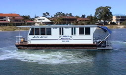 Dolphin Houseboat Holidays - Southport Accommodation