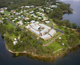 Tinaroo Lake Resort - Southport Accommodation