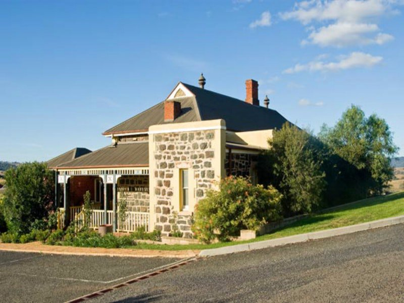 Hermitage Hill Resort - Southport Accommodation