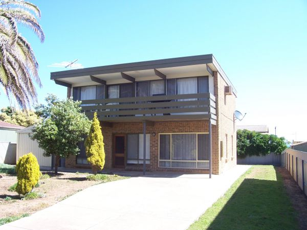 Century 21 SouthCoast Silver Sands - Southport Accommodation
