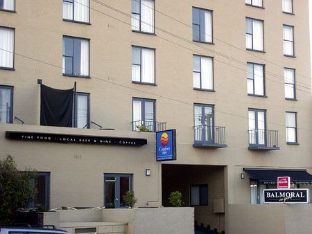 Best Western Balmoral on York - Southport Accommodation